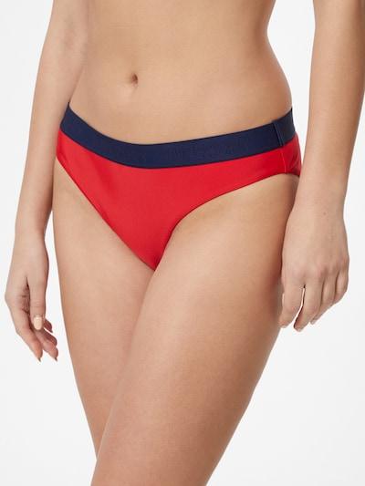 Superdry Bikinihose in dunkelblau / kirschrot, Modelansicht