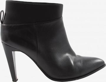 CLARKS Dress Boots in 38 in Black