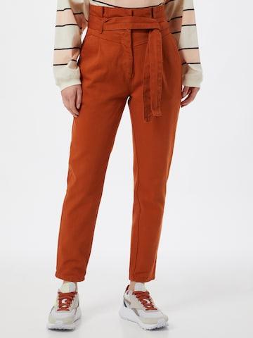 Trendyol Bandplooi jeans in Rood