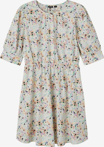 LMTD Kleid in Weiß