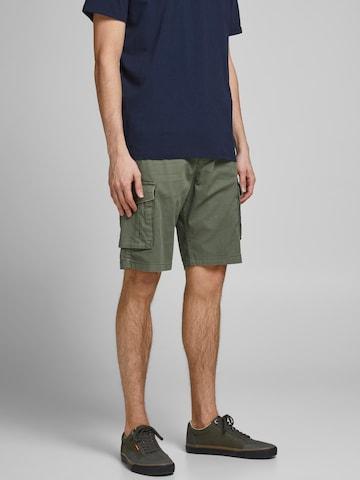 JACK & JONES Klapptaskutega püksid 'Zack', värv roheline