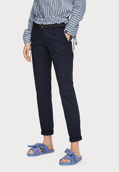 SCOTCH & SODA Chinohose mit Gürtel in blau / dunkelblau, Modelansicht