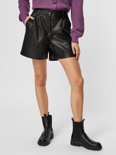 VERO MODA Broek 'SOLAFIE' in de kleur Zwart, Modelweergave