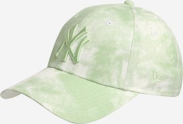 NEW ERA Cap in Green