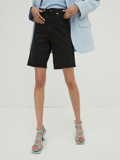 EDITED Jeans 'Ellie' in black denim, Modelansicht