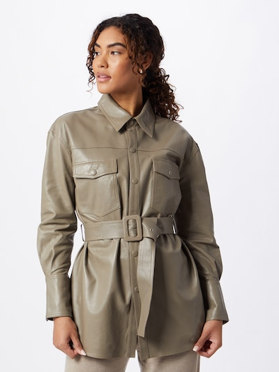 JUST FEMALE Blouse in de kleur Taupe, Modelweergave