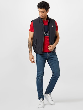 Mann in Levi's Jeans