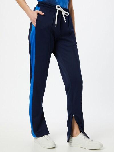 POLO RALPH LAUREN Spodnie w kolorze niebieski / ciemny niebieski / czerwony / białym, Podgląd na modelu(-ce)