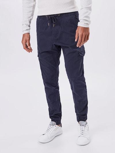 Laisvo stiliaus kelnės 'Levy' iš INDICODE JEANS , spalva - tamsiai mėlyna, Modelio vaizdas