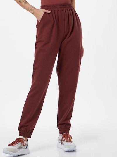 ABOUT YOU Pantalón 'Naomi' en marrón, Vista del modelo