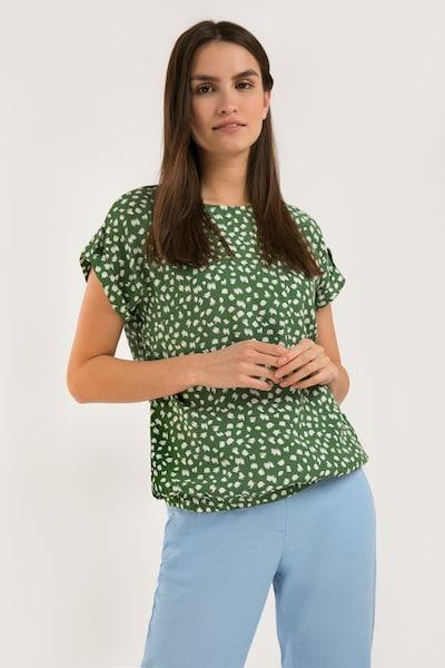 Finn Flare Kurzarmbluse mit Alloverdruck in grün, Modelansicht