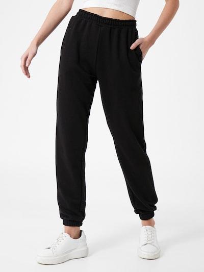 Missguided Pantalon en noir, Vue avec modèle