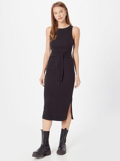 Rochie 'ANNMARI' GUESS pe negru, Vizualizare model