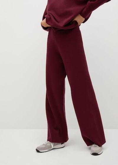 MANGO Hlače u rubin crvena, Prikaz modela