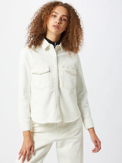 Levi's Made & Crafted Blouse in de kleur White denim, Modelweergave