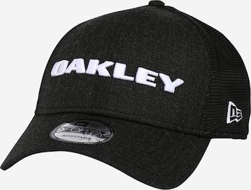 OAKLEY Urhelulippalakki 'HEATHER NEW ERA' värissä musta