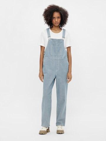 Jeans con pettorina 'Aisa' di OBJECT in blu