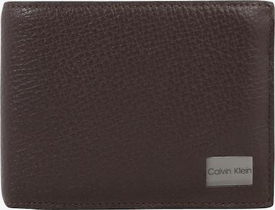 Calvin Klein Porte-monnaies en brun foncé, Vue avec produit