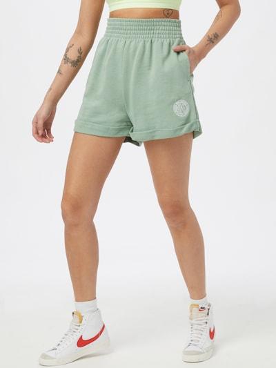 Nike Sportswear Shorts in türkis, Modelansicht