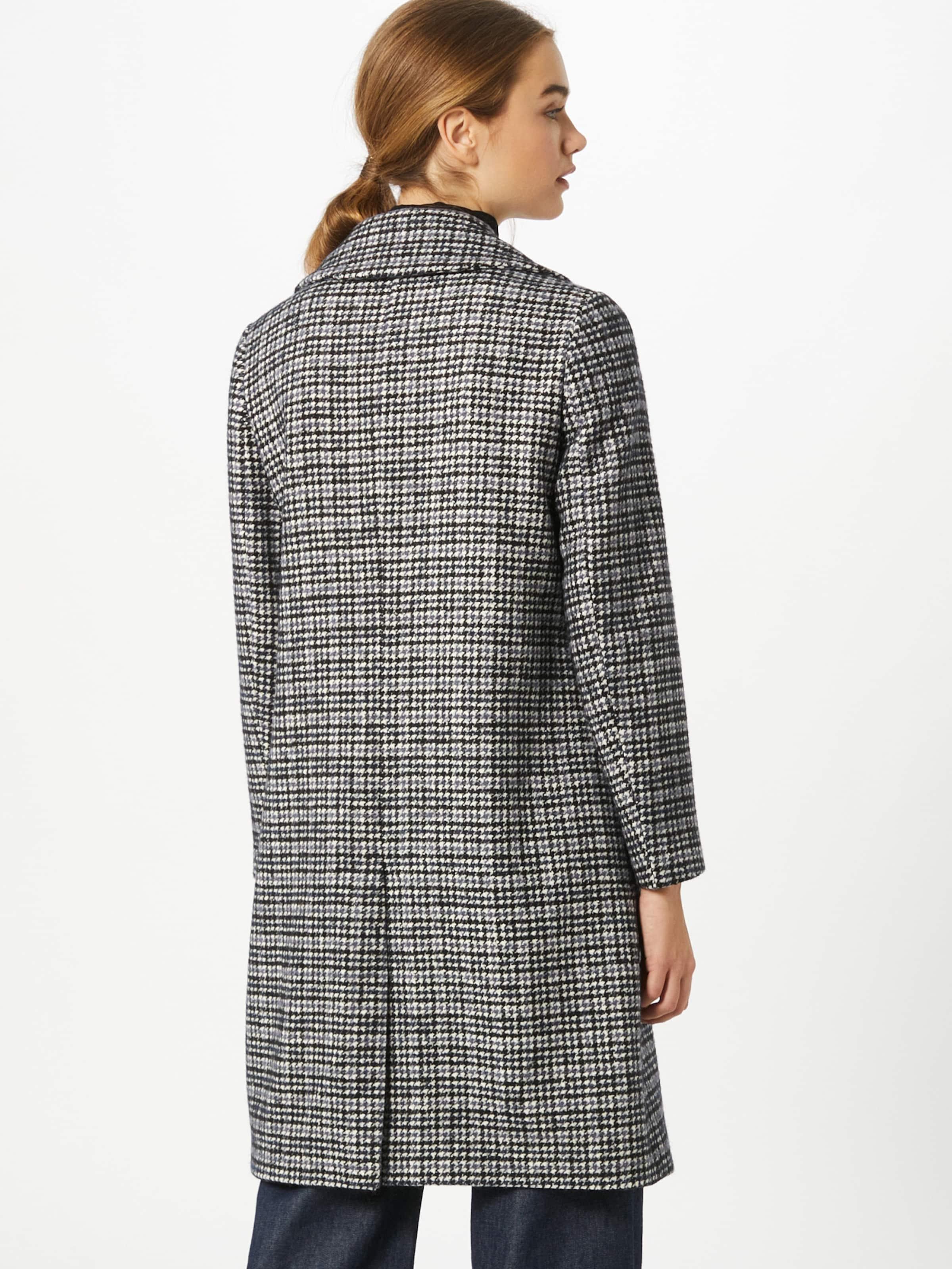 SAND COPENHAGEN Átmeneti kabátok 'Clareta' kék / fekete / fehér színben