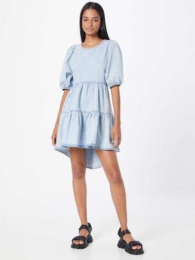 Gina Tricot Kleid in hellblau, Modelansicht