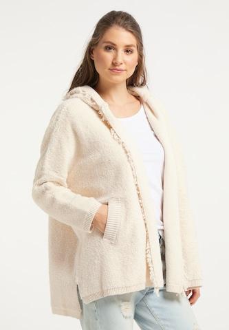 IZIA Knitted Coat in White