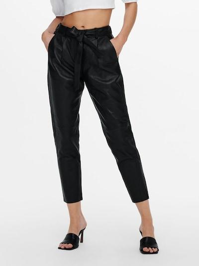 ONLY Bandplooibroek in de kleur Zwart, Modelweergave
