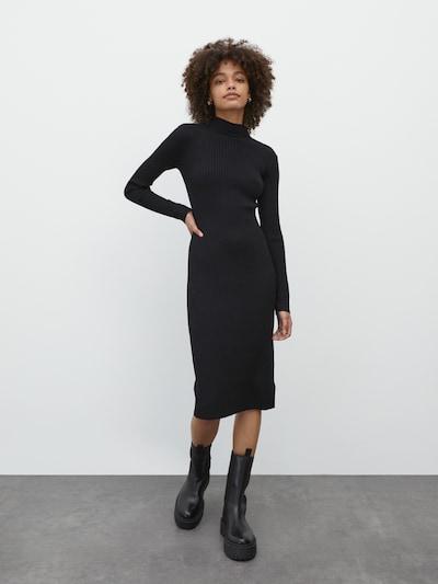 EDITED Pletena haljina 'Hada' u crna, Prikaz modela