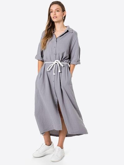 10Days Košilové šaty - šedá, Model/ka