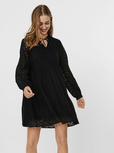 VERO MODA Blusenkleid in schwarz, Modelansicht