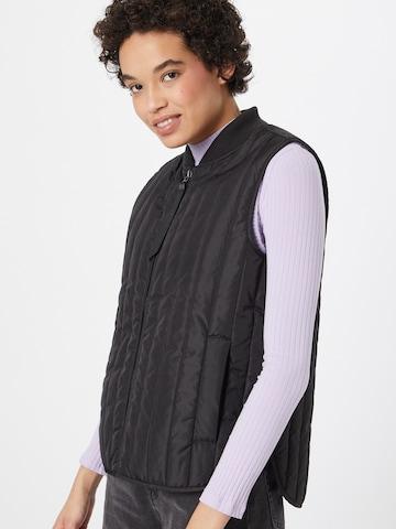 basic apparel Vest 'Louisa' i svart