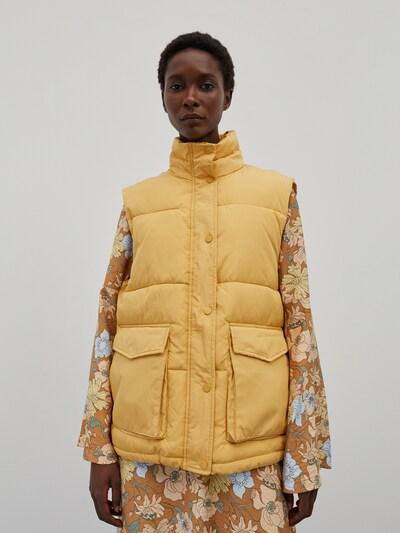 EDITED Weste 'Julissa' in gelb, Modelansicht