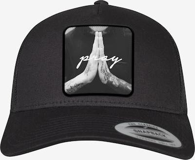 Mister Tee Pet 'Pray Patch Trucker' in de kleur Zwart, Productweergave