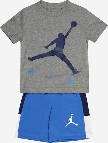 Set 'BIG AIR' de la Jordan pe albastru