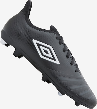 UMBRO Fußballschuh in schwarz / weiß: Frontalansicht