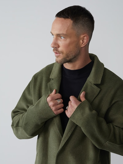 DAN FOX APPAREL Between-seasons coat 'Tobias' in khaki, View model