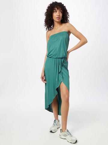 Urban Classics Sommerkjoler i grønn