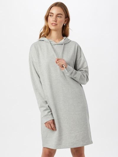 ONLY Robe 'DREAMER LIFE' en gris clair, Vue avec modèle