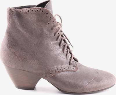 Vic Dress Boots in 36 in Brown, Item view