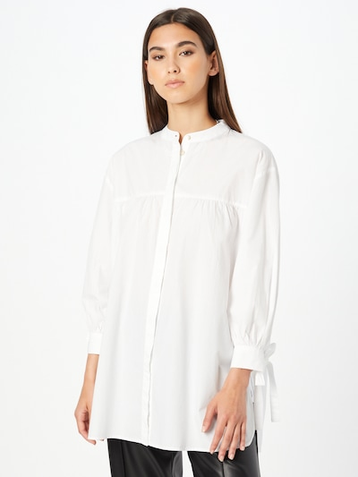 Rich & Royal Bluse in weiß, Modelansicht