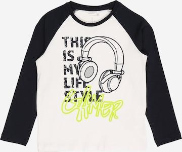 T-Shirt 'DARIO' Guppy en blanc