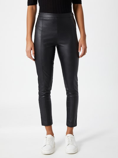 Leggings Gina Tricot pe negru, Vizualizare model