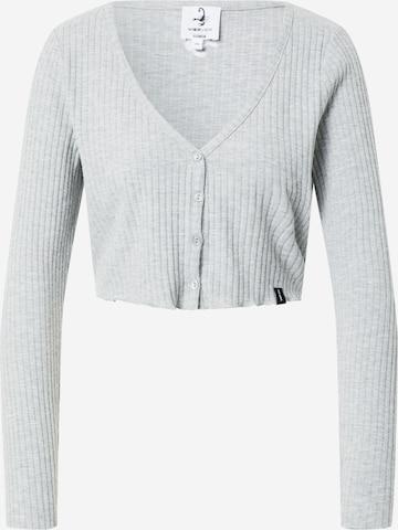 VIERVIER Shirt 'Rosalie' in Grau