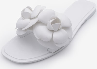 Kamoa Mules in White, Item view