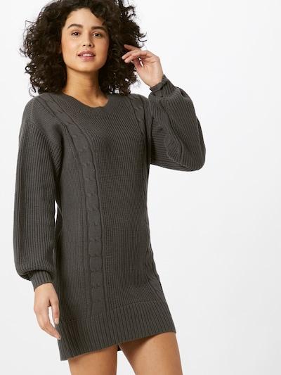 HOLLISTER Robes en maille en gris foncé, Vue avec modèle