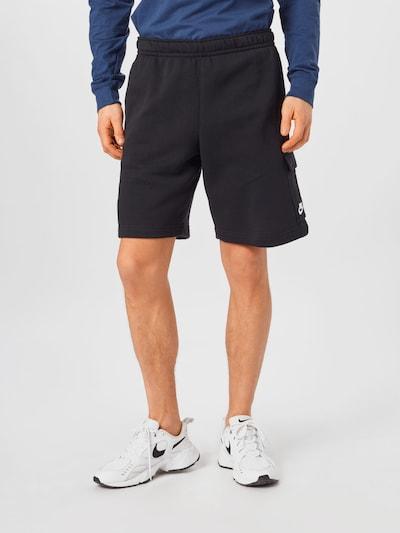 Pantaloni cargo Nike Sportswear di colore nero / bianco, Visualizzazione modelli