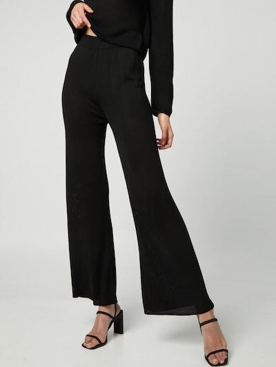 Liz Kaeber Spodnie w kolorze czarnym, Podgląd na modelu(-ce)