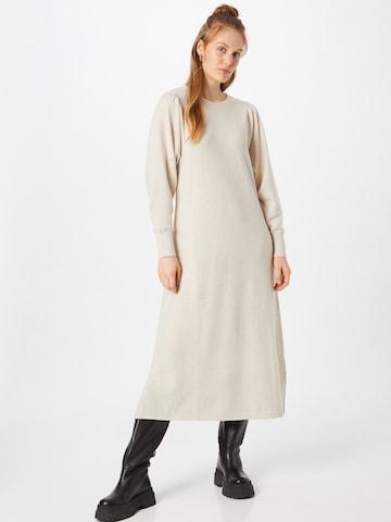 Robes en maille 'Ida' Line of Oslo en beige