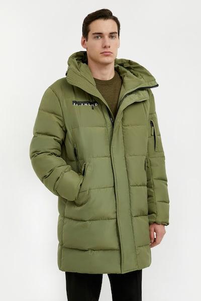 Finn Flare Winterjas in de kleur Kaki, Modelweergave