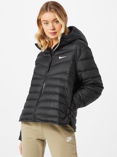 Geacă de primăvară-toamnă Nike Sportswear pe negru, Vizualizare model